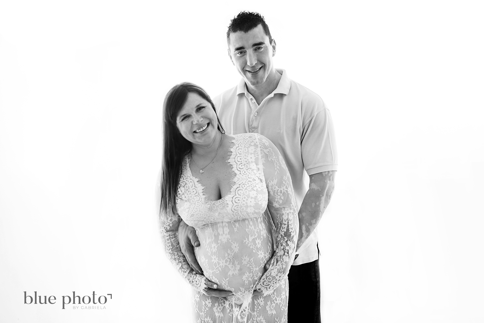 Karolina and her studio maternity session in West London