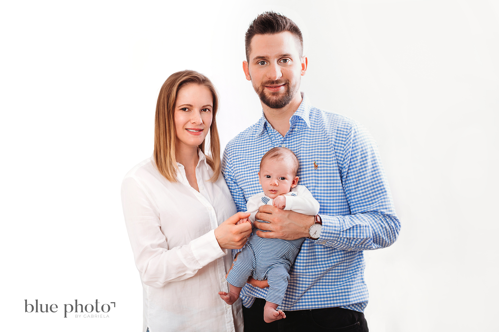 Aleksander and his parents, newborn and family session in West London.
