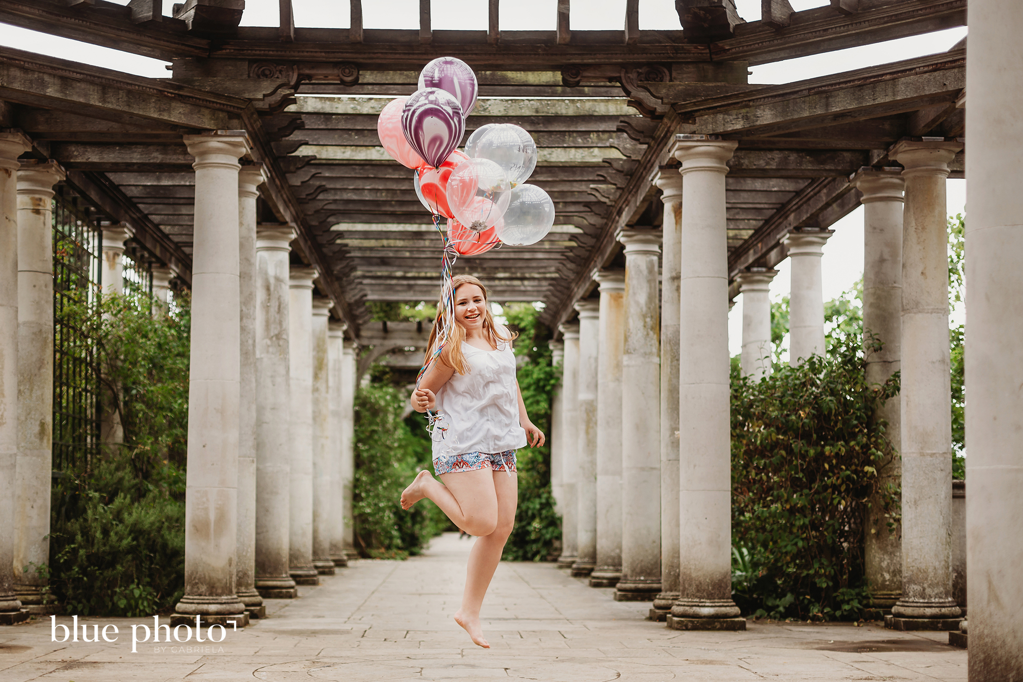 Natalia and her birthday session in North London, The Hill Garden and Pergola.