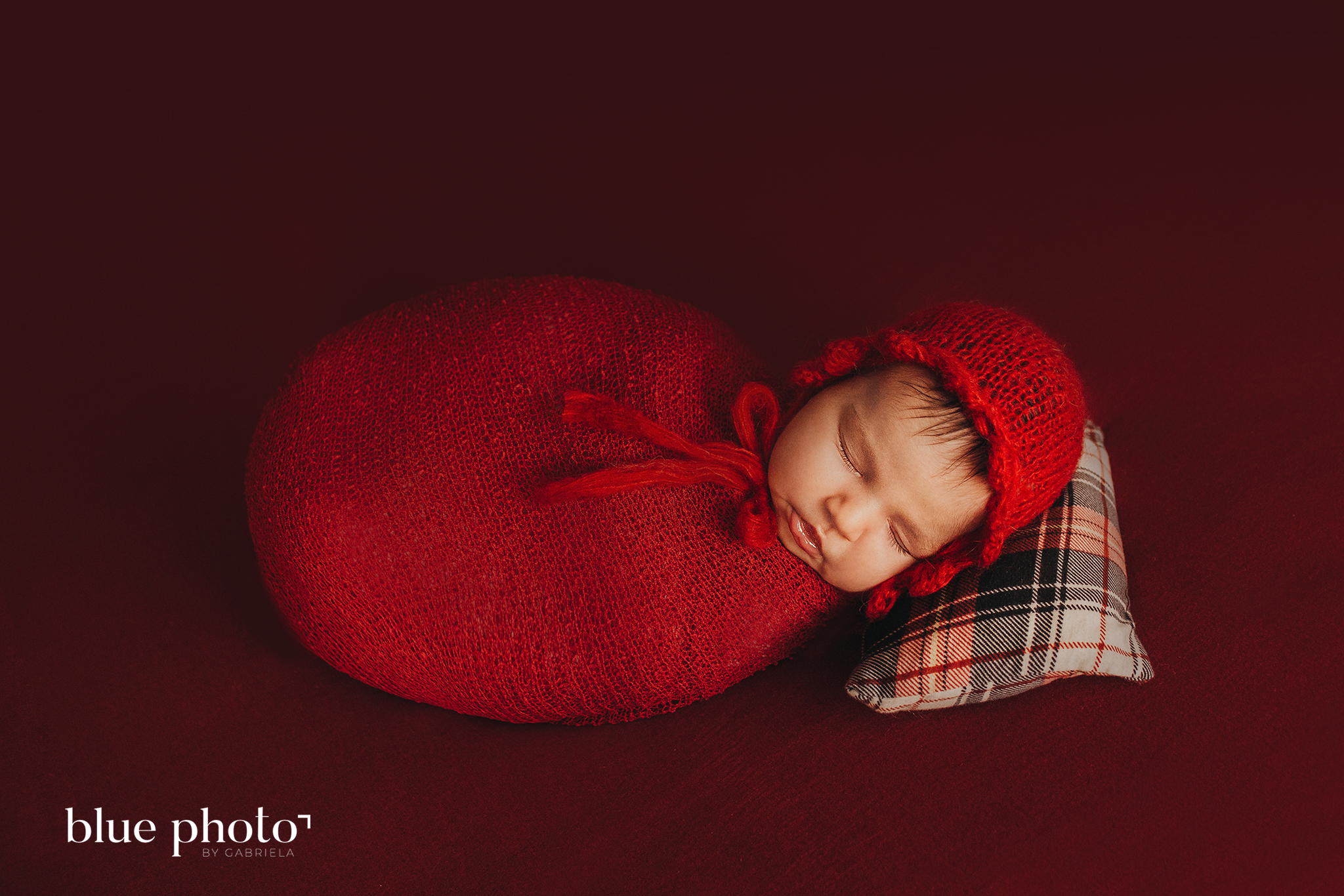 Newborn photography in West London